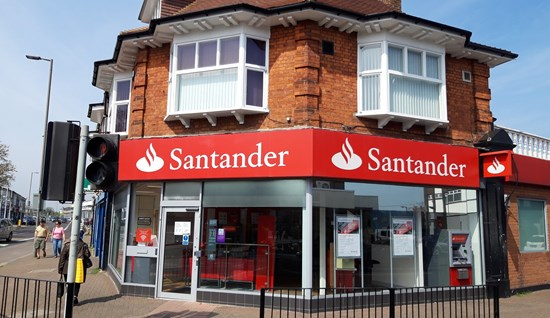 Retail premises to let: 253 London Road, Hadleigh, Essex, SS7 2RF