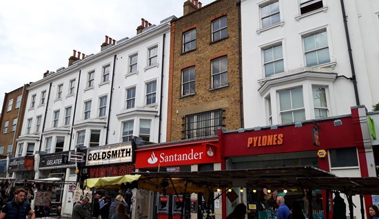 FOR SALE: 174 Portobello Road, London, W11 2EL